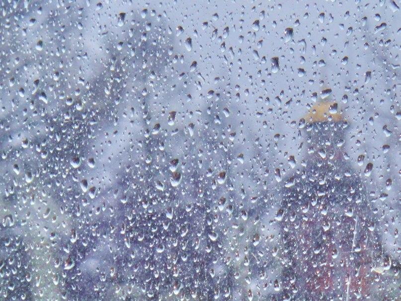 Почему же дождик капает по лужам какого года песня